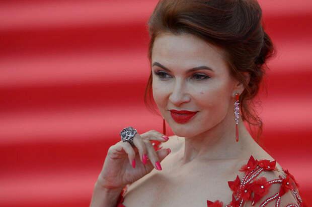 Эвелина Блёданс рассказала опоездке вКрым