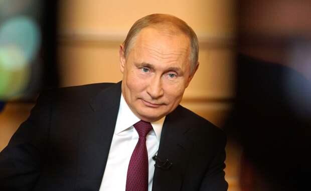Путин отметил неэффективность американской экономики