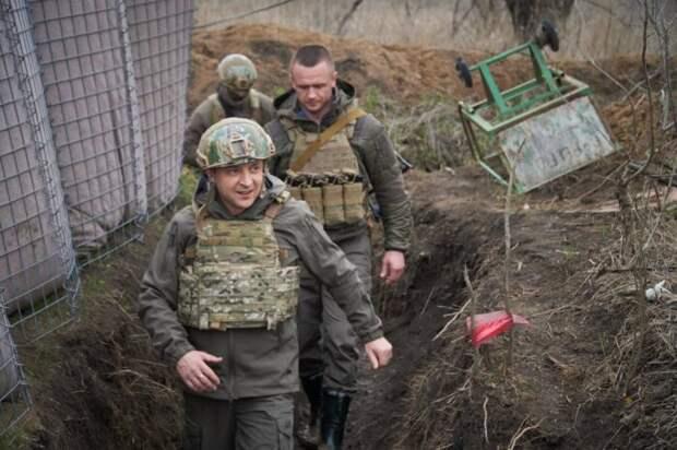 Российские войска окружили украинских военных в районе Крыма