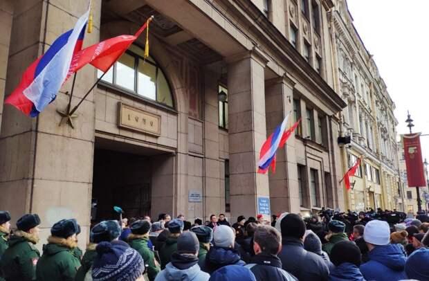 Власти Петербурга готовят новые меры по социальной поддержке блокадников