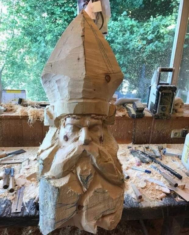 Чудесная деревянная скульптура