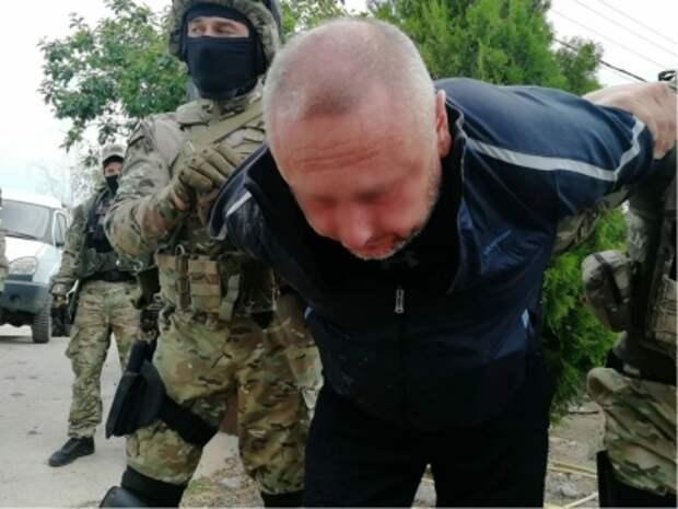 Крымский фермер похитил подростка и требовал за него выкуп