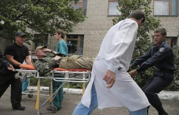 27 раненых ополченцев прорвались в Донецк из Славянска