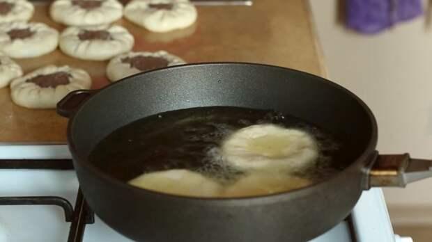 ОБЖАРИВАНИЕ БЕЛЯШЕЙ IrinaCooking, беляши, беляши домашние, видео рецепт, еда, кулинария, рецепт