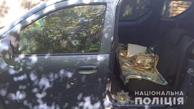 Под Днепром мужчина подорвал машину своих соседей