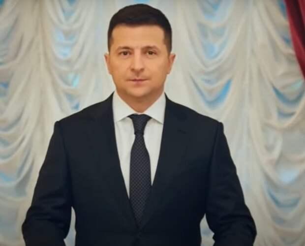 Зеленский в новогоднем обращении призвал жителей Донбасса и Крыма перевести часы назад