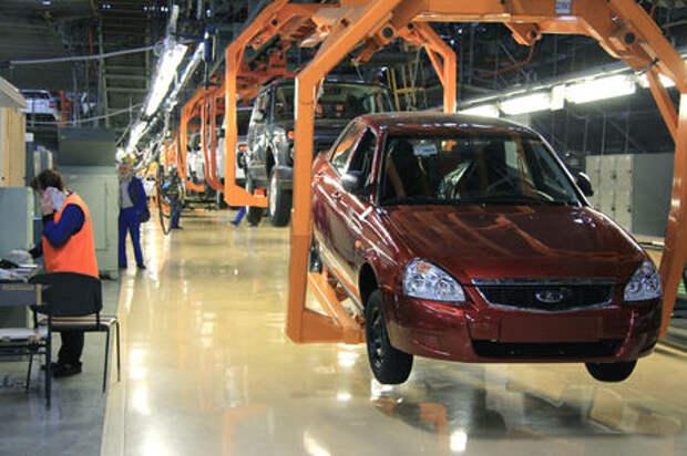 Правительство даст 430 млн рублей на поддержку сокращаемых рабочих АВТОВАЗа