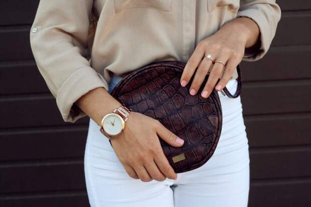 Гардероб истинной модницы: топ-7 аксессуаров, которые должны быть у каждой