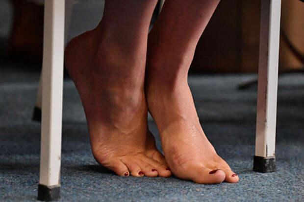 Обнаружена знаменитость с королевскими ногами