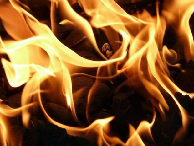 На Дмитровке загорелся Fiat