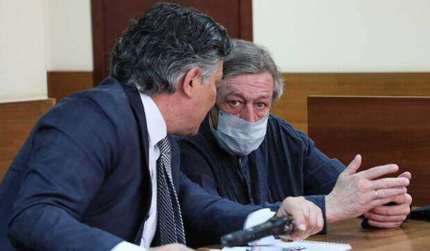 «Моральные уроды»: адвокат Ефремова взорвался после обвинений во лжи