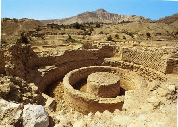 Иерихон или, все же, Ярихо? Кто строил первые города на Ближнем Востоке?