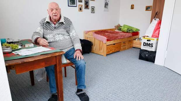 Печальная судьба в центре Берлина: пенсионер полтора года вынужден был жить в машине