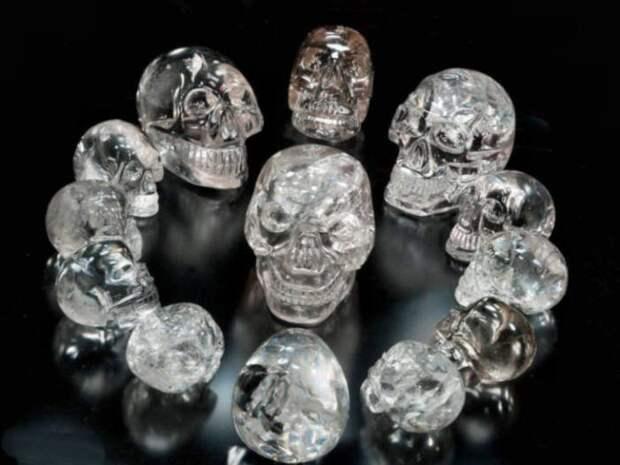 Загадка хрустальных черепов майя