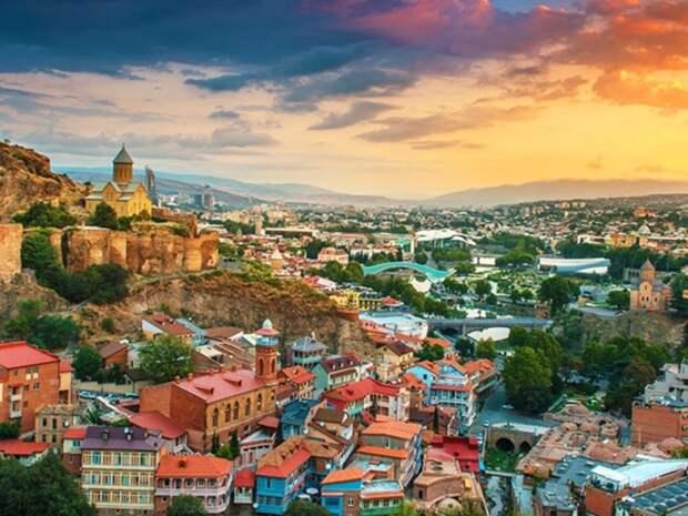 При СССР Грузия потребляла в 4 раза больше, чем производила и жила лучше других. Как грузинам это удавалось?