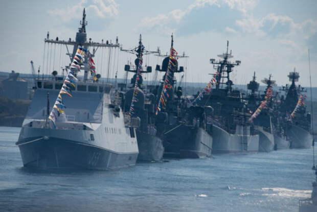Как будет организована работа транспорта в День ВМФ в Севастополе