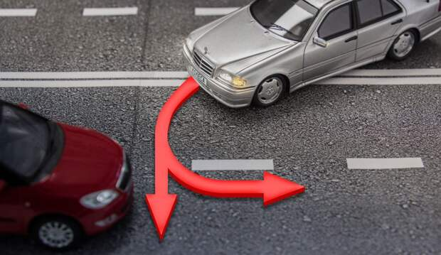 Поворот налево и разворот — важные нюансы для водителей