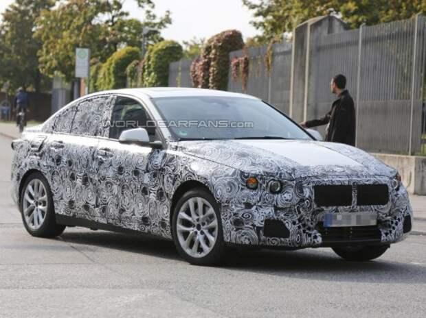Замечен самый компактный седан BMW – с передним приводом