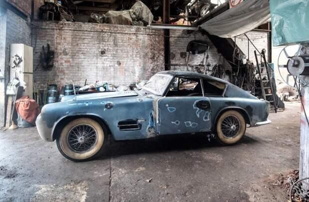 Специалисты аукциона Bonhams поражены – в неприглядном гараже бельгийского коллекционера обнаружены настоящие сокровища. jaguar, авто, автомобили, находка. ретро авто, олдтаймер