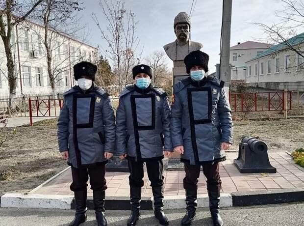 На Кубани казаки помогли задержать преступника