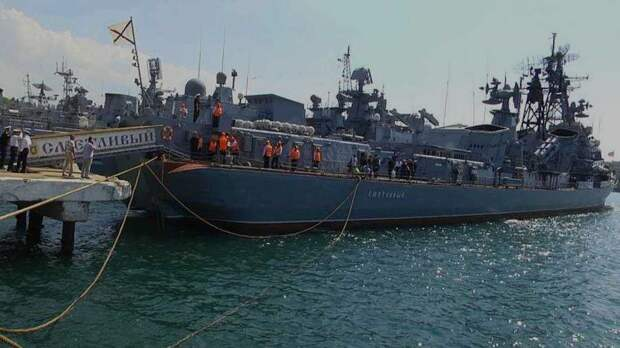 Корабль-музей в Севастополе откроют ко Дню ВМФ, — сенатор Куликов