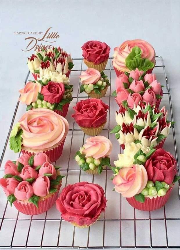 Учимся красиво оформлять тортики. Делаем цветы из крема