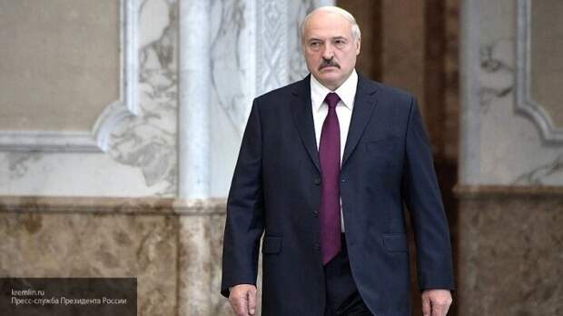 СМИ распространяют слухи, что Лукашенко заразился коронавирусом