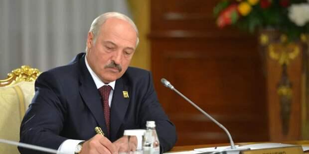 Лукашенко определился с составом Конституционной комиссии