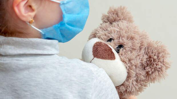 Врач оценил опасность вируса, выявленного у детей в четырех странах