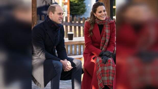 Кейт Миддлтон и принц Уильям поделились трогательным фото младшего сына Луи