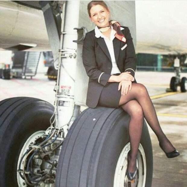 Ножки стюардесс. Подборка №chert-poberi-styuardessy-33360108022021