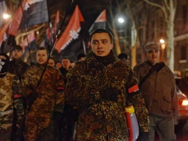 Вашингтон делает из экс-лидера «Правого сектора» «новое лицо» украинской политики