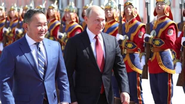 ВЭФ-2019 открыл России путь к победе над «империей доллара»