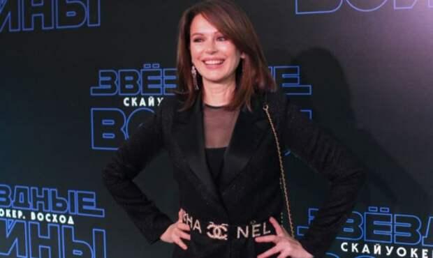 Бывшая жена Сергея Безрукова отказалась от модельной карьеры ради сына