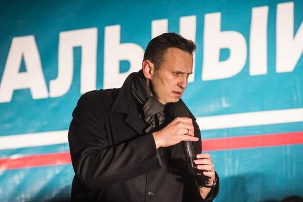 Известность Навального растет