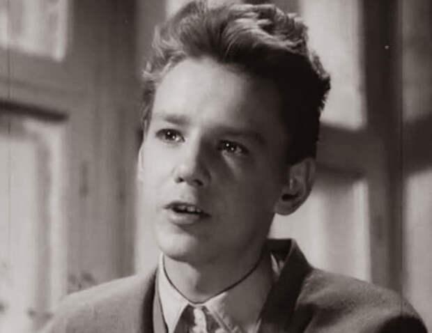 кадр из фильма «Дикая собака Динго», 1962 год
