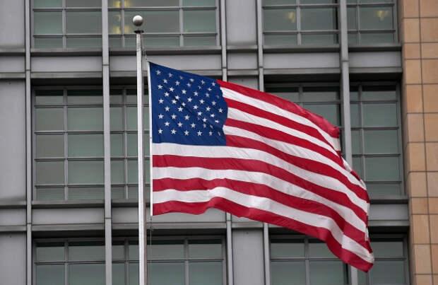 Посольство США в России пало жертвой борьбы с Трампом. Ирина Алкснис
