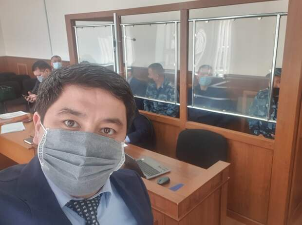 Конвой посадили в камеру с подсудимыми в здании суда Кызылорды