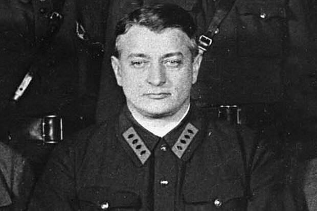 """Маршал Тухачевский: """"Гитлер – спасение для всех нас"""""""