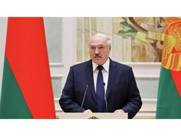 """""""Уцепился и держу"""". Почему Лукашенко отказался от переезда в Россию"""