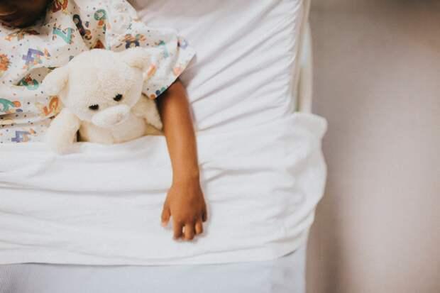 ВОЗ обеспокоили опасные осложнения у детей с коронавирусом