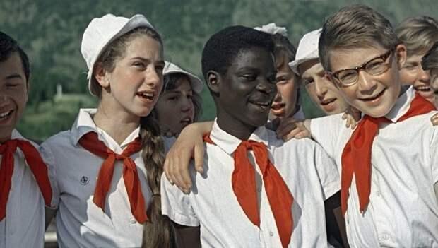 Цветные страшилки СССР, дети, истории, пионеры, пятно, рука, страшилки