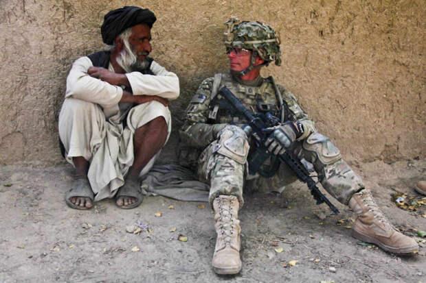 Байден разрешил выделить до $100 млн на эвакуацию помогавших войскам США афганцев
