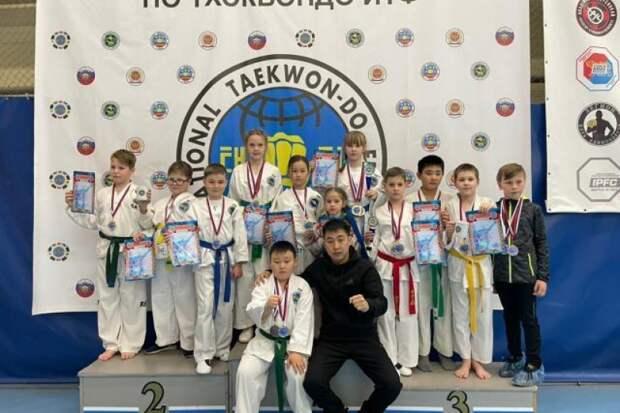 Восемь золотых медалей привезли уссурийские тхэквондисты