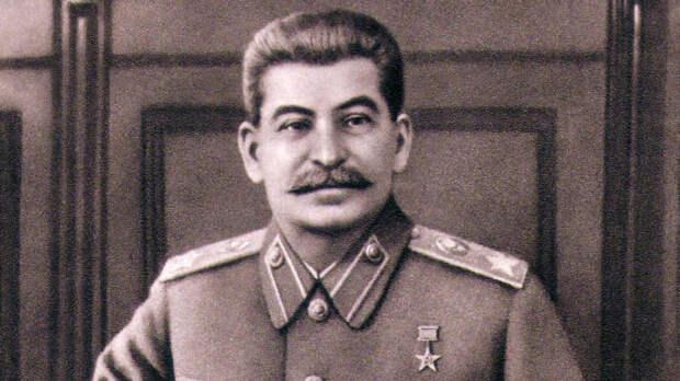 Сбор подписей за установку фигуры Сталина в Москве назначен на май