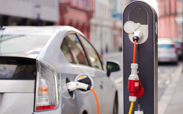 Даешь электрозаправку в каждый дом! В Великобритании готовят инфраструктуру для электрокаров