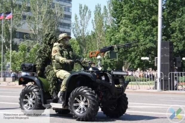 Дань уважения героизму народа-победителя: в Донецке прошел военный парад