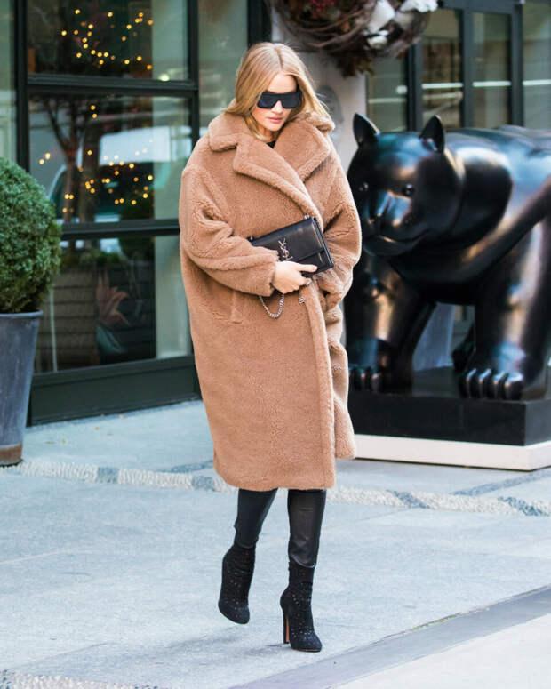Пальто из искусственного меха – хит сезона: что учитывать при выборе и с чем носить