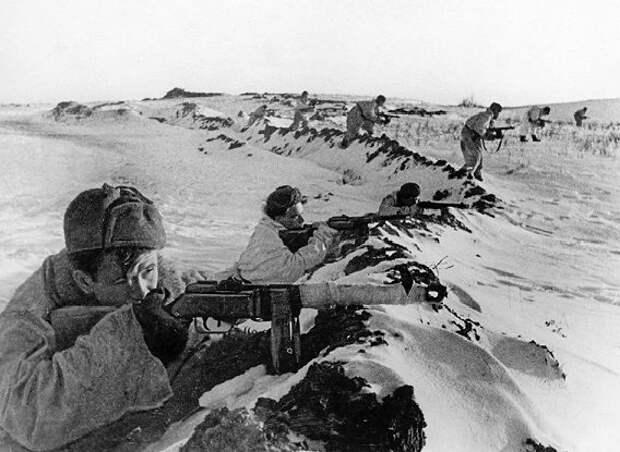Какое сражение проиграл Жуков под Сталинградом