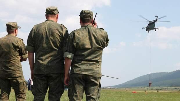 Шойгу наградил военных летчиков за тушение лесных пожаров